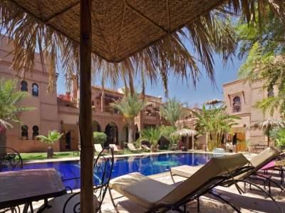 palais d h tes situ dans un nouveau quartier r sidentiel de marrakech immomaroc. Black Bedroom Furniture Sets. Home Design Ideas
