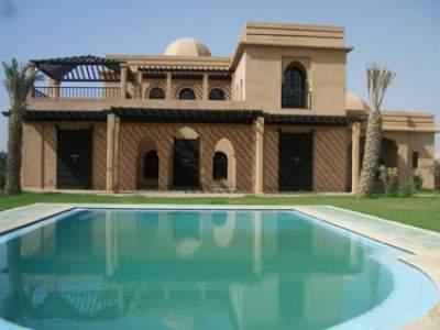Villa sur la route de fes et 9 km du centre de marrakech for Acheter maison marrakech