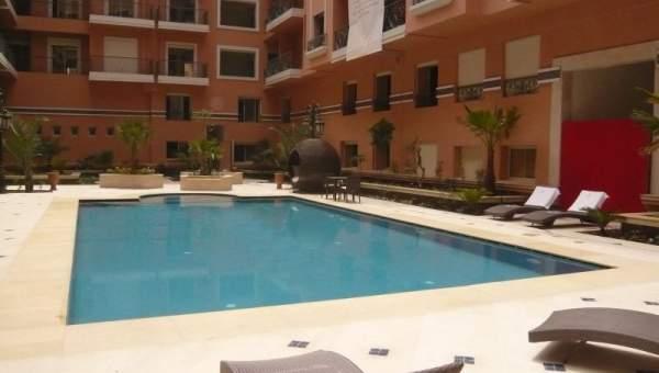 Excellente prestation r sidence neuve avec piscine for Appartement a louer a marrakech avec piscine