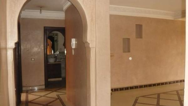 appartement vendre en plein centre de gueliz immomaroc. Black Bedroom Furniture Sets. Home Design Ideas