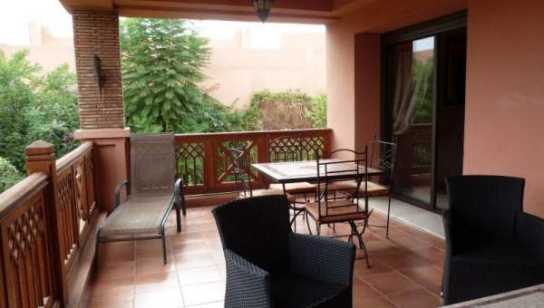 Appartement a vendre dans une r sidence marrakech for Appartement piscine marrakech