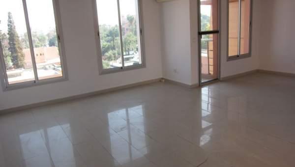 bureau idealement situ dans le quartier de gueliz immomaroc. Black Bedroom Furniture Sets. Home Design Ideas