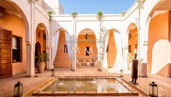 Somptueuse villa marocaine immomaroc for Achat maison maroc