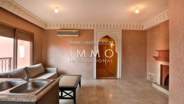 Appartement de 80 m cette r sidence jouit d 39 un tr s bel for Appartement piscine marrakech