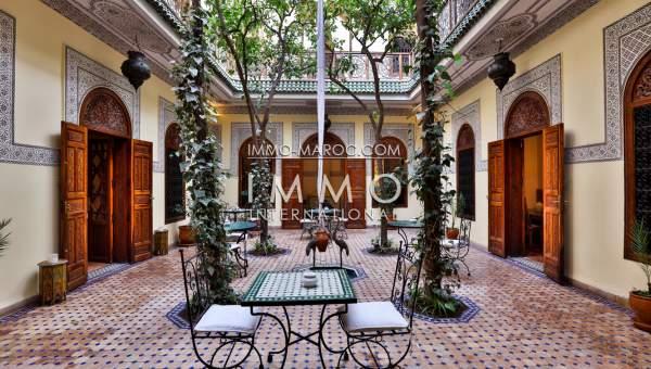 Riad maison d 39 h tes situ e la kasbah marrakech medina for Achat maison marrakech