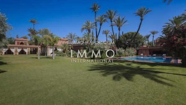 superbe propri t situ e a la palmeraie marrakech immomaroc. Black Bedroom Furniture Sets. Home Design Ideas