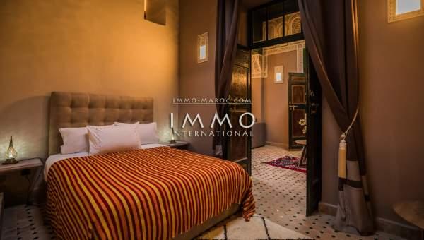 achat riad auto Marocain épuré luxe Marrakech moins de 10 minutes de la place Kasbah