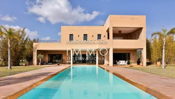 Location villa Contemporain Marrakech Extérieur Route Ouarzazate