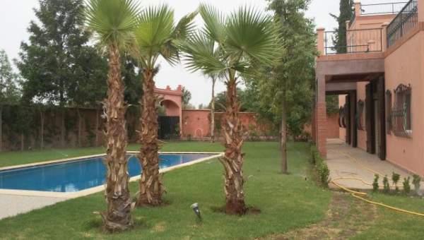 Maison à louer Marocain épuré Marrakech Extérieur Route Sidi Abdellah Ghiat