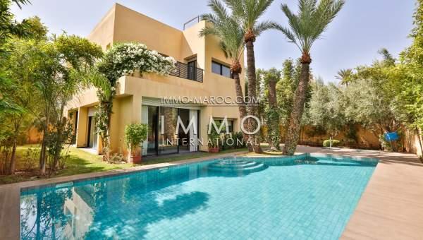 villa moderne a Targa avec une piscine de 5x11m | ImmoMaroc