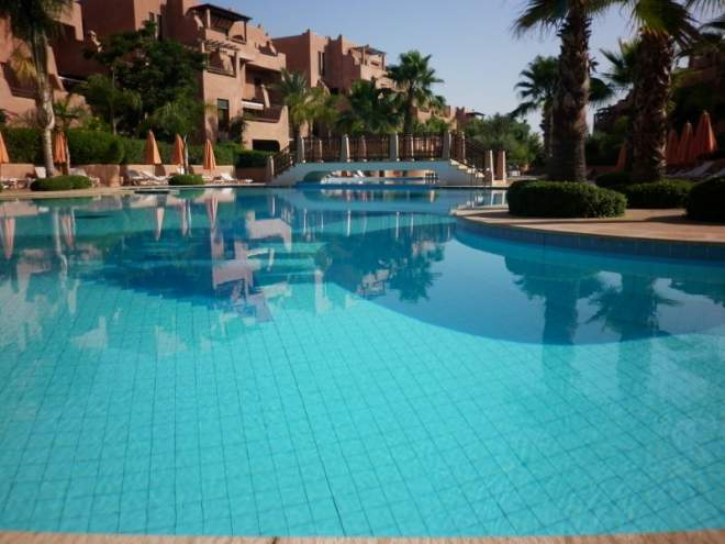 Location annuelle appartement marocain marrakech immomaroc for Appartement piscine marrakech