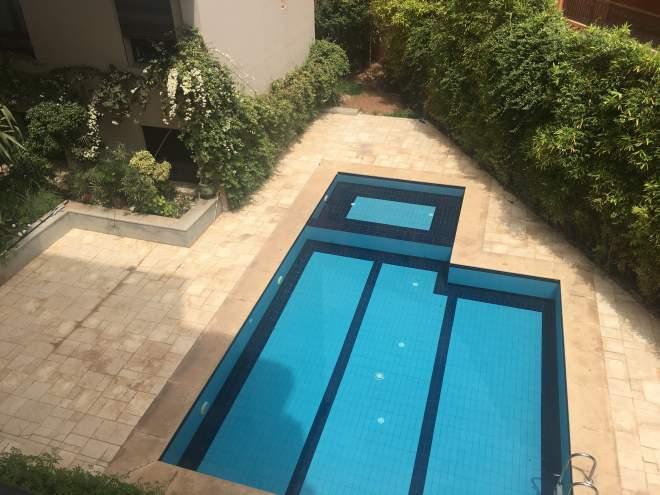 Appartement neuf contemporain a vendre marrakech immomaroc for Appartement piscine marrakech