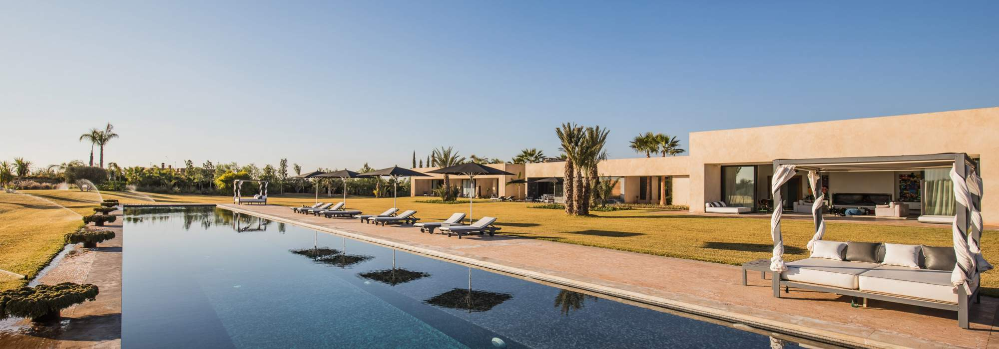 villa contemporaine a vendre route d'ouarzazate