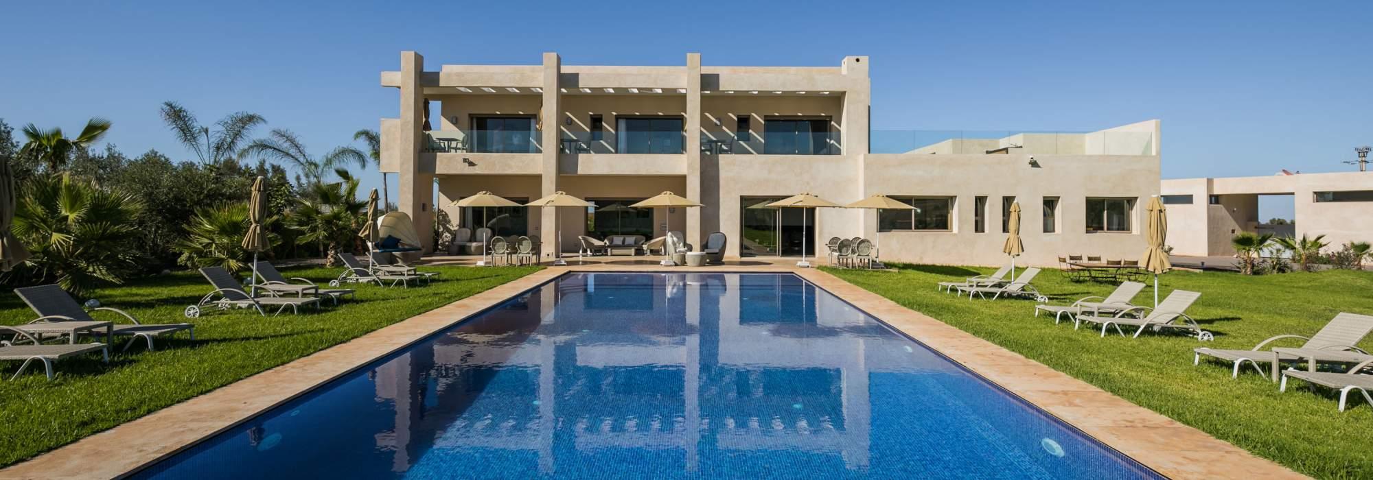 villa contemporaine a vendre route amizmiz marrakech