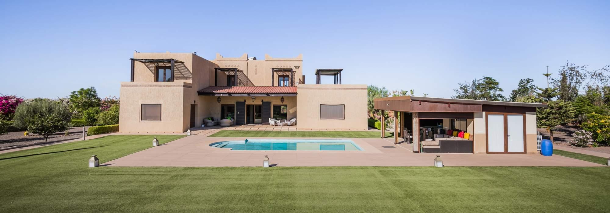 vente villa contemporaine route d'ourika marrakech