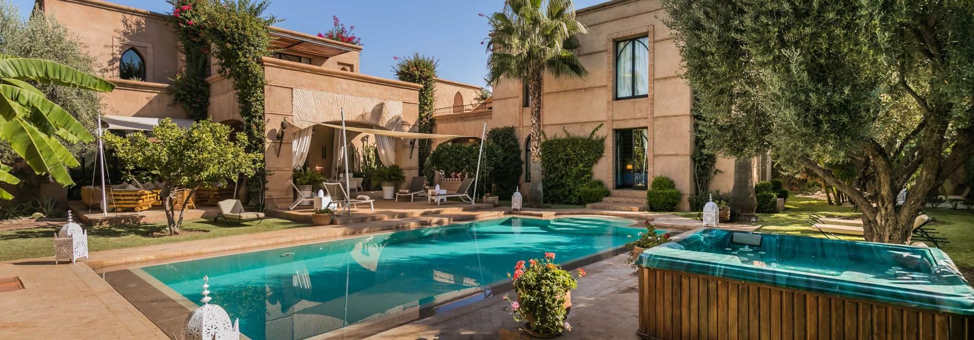 villa marocaine a vendre route de ouarzazate marrakech