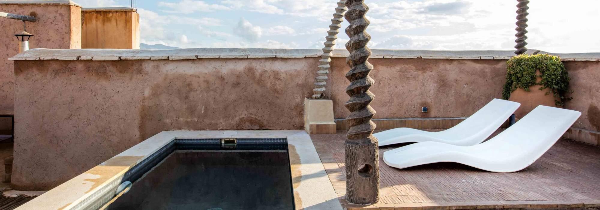 petite villa a vendre route d'amizmiz marrakech