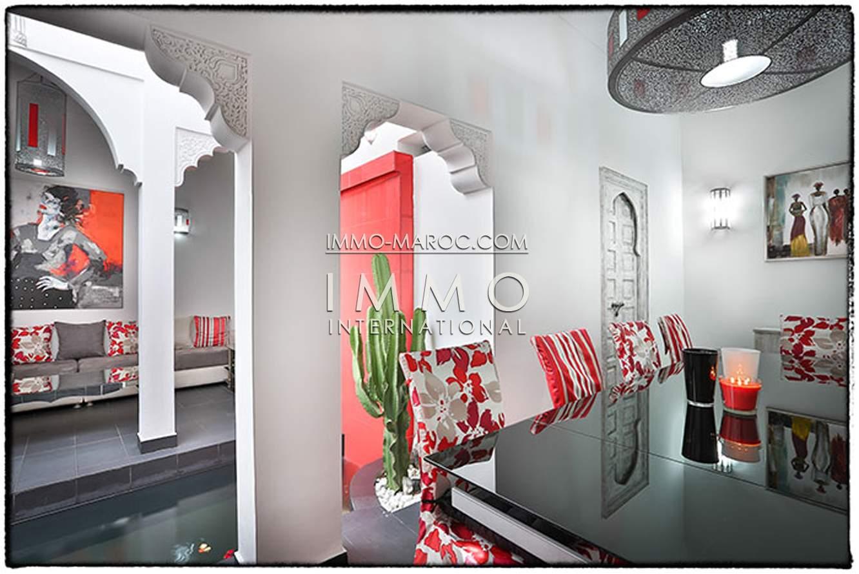 ryad garage Contemporain Marrakech moins de 10 minutes de la place Kasbah