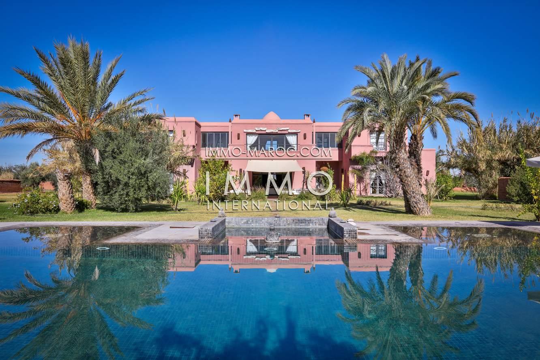 Achat villa Moderne haut de gamme Marrakech Extérieur Route Fes