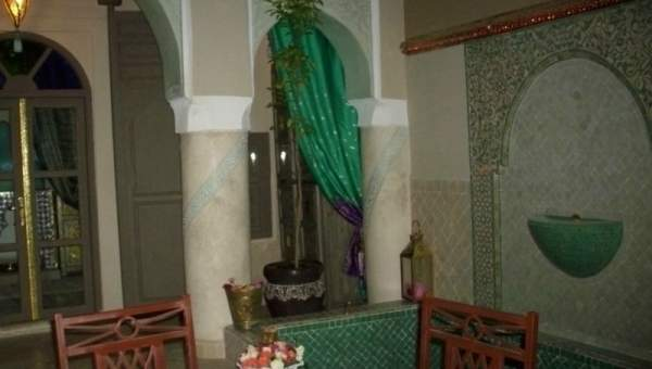 Vente riad Accès voiture Marrakech moins de 10 minutes de la place