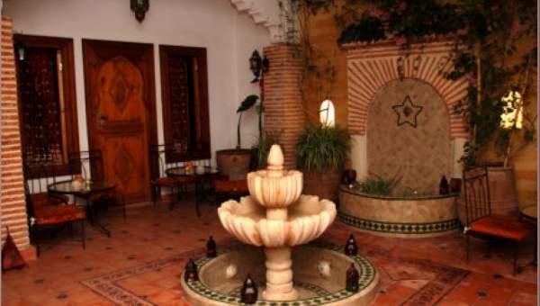 Vente riad maison d'hôtes Marrakech moins de 10 minutes de la place Riad Laarous