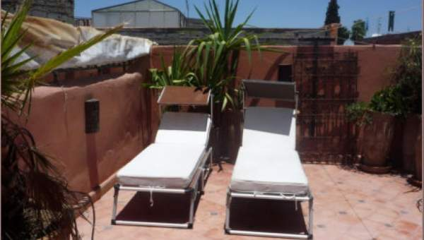 Riad à vendre maison d'hôtes Marrakech moins de 10 minutes de la place Riad Laarous