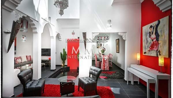 Vente riad car Moderne Marrakech moins de 10 minutes de la place Kasbah
