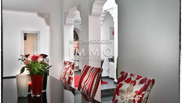 Riad à vendre Accès voiture Moderne Marrakech moins de 10 minutes de la place Kasbah