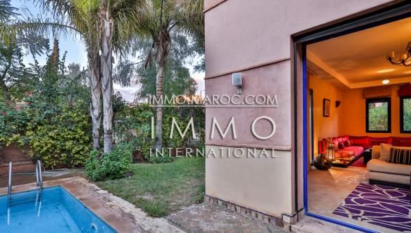 Villa à vendre Marocain Marrakech Centre ville Route Casablanca