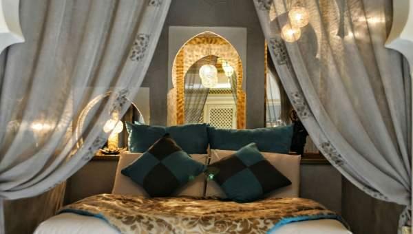 riad vente Marocain épuré Marrakech Place Jamaa El Fna Kenaria
