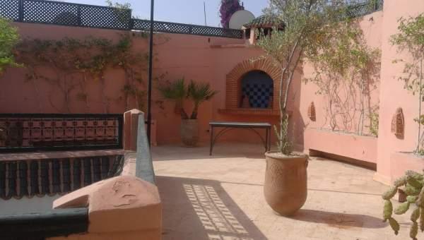 riad vente Marocain épuré Marrakech Place Jamaa El Fna Dabachi