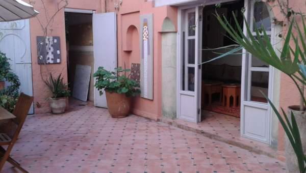 Riad à vendre voiture Marocain épuré Marrakech Place Jamaa El Fna