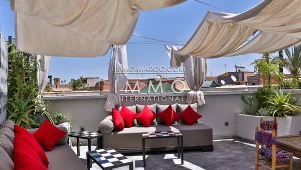 ryad voiture Moderne Marrakech moins de 10 minutes de la place Mouassine