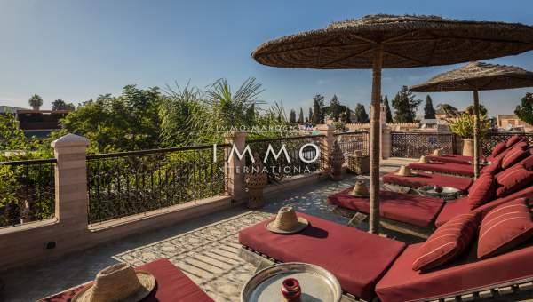 riad vente Marocain épuré Maison d'hôtes Marrakech moins de 10 minutes de la place Mouassine