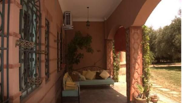 Maison à vendre Marocain épuré de prestige Marrakech Palmeraie