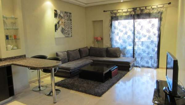 Superbe Appartement Moderne à La Décoration Raffinée Situé Dans Une  Résidence Prestigieuse Au Coeur De Guéliz