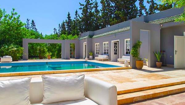 Villa à louer Contemporain Marrakech Extérieur Route Ourika