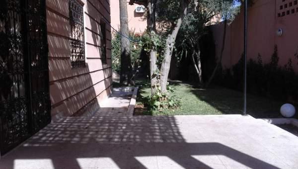 Location villa Marocain épuré Marrakech Centre ville Semlalia