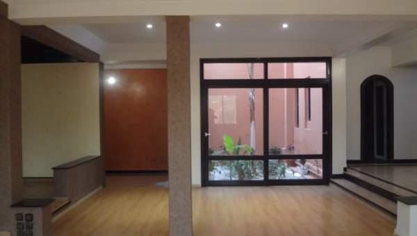 Villa à louer Marocain épuré Marrakech Centre ville Autres Centre ville