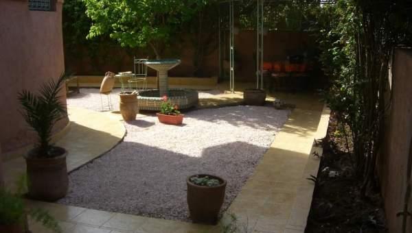 Villa à vendre Marocain épuré Marrakech Centre ville Route Casablanca