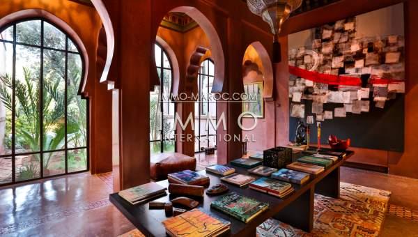 Vente villa Marocain épuré luxe Marrakech Palmeraie Circuit Palmeraie