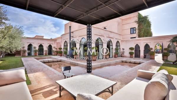 Vente maison Marocain épuré prestige a vendre Marrakech Palmeraie
