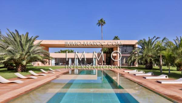 villa achat Moderne Marrakech Extérieur Ecole américaine Route Ouarzazate