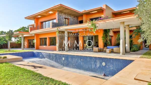 Maison à Vendre Moderne Luxe Marrakech Extérieur Route Barrage