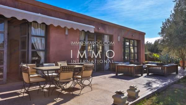 Villa à vendre Moderne luxe Marrakech Extérieur Route Fes