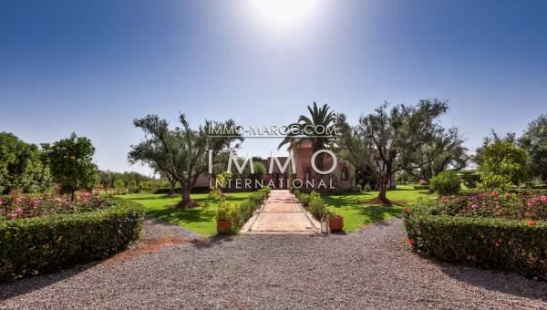 Vente villa Moderne luxueuses Marrakech Extérieur Route Sidi Abdellah Ghiat