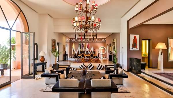 Vente maison haut de gamme Maison d'hôtes Marrakech Extérieur Route Ourika