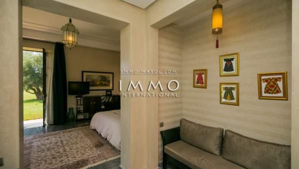 Achat villa Marocain épuré luxueuses Marrakech Extérieur Route Ourika