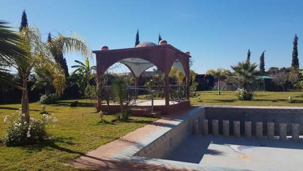 Vente villa Marocain épuré Marrakech Extérieur Route Ouarzazate