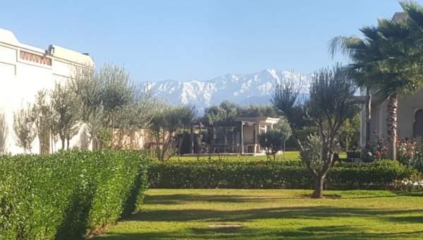villa achat Marocain épuré Marrakech Extérieur Route Sidi Abdellah Ghiat